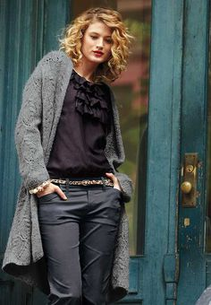 Trendy-Curly-Layered-Hair.jpg 500×722 pixeles