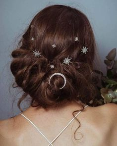 Willowby by Watters (@willowbywatters) • Instagram photos and videos Wedding Hair Clips, Wedding Hair And Makeup, Hair Makeup, Boho Bridal Hair, Celestial Wedding, Star Hair, Wattpad, Braided Hairstyles For Wedding, About Hair