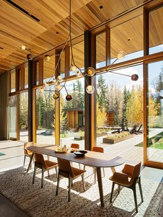 This striking home is a modern art piece designed by Carney Logan Burke Architects, set on the banks of the Snake River in Jackson, Wyoming. Mississippi, Glass Showcase, Teton Mountains, Modern Art, Contemporary, Light Architecture, Residential Architecture, Ceiling Windows, Ceilings