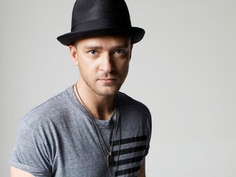 Justin Timberlake..... Mmmm love goofy men trying to be serious- soo sexy!