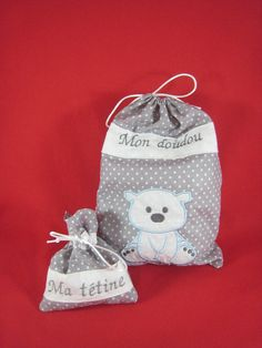 sac à doudou et poche à tétine Drawstring Backpack, Creations, Backpacks, Couture, Clothes Crafts, Softies, Gifts, Bricolage, Bag