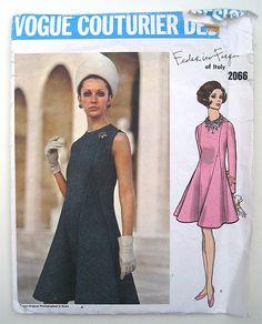 60s Vogue Couturier Design Pattern 2066 Federico Forquet Mod Dress. Size 16