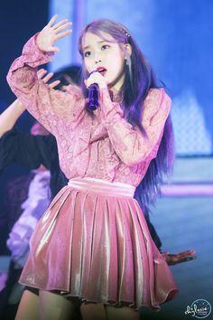 191103 IU at 'Love Poem' concert in Gwangju. Kpop Fashion Outfits, Iu Fashion, Stage Outfits, Korean Girl, Asian Girl, Cosmic Girl, Lee Hi, Kpop Mode, Soyeon