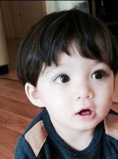 Ideas Beautiful Children Models Boys For 2019 Cute Asian Babies, Korean Babies, Asian Kids, Cute Babies, Half Asian Babies, Cute Baby Boy, Cute Little Baby, Little Babies, Cute Kids