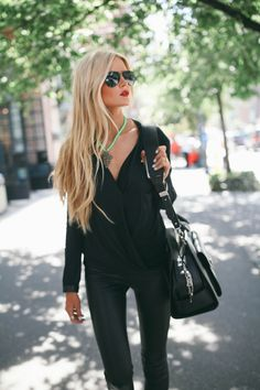 Barefoot Blonde - all black w/ red lips and aviators. Love this girls style. And her hair. I can't wait til my hair gets this long ugh!