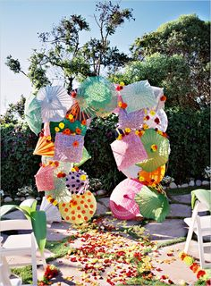 So colorful and fun for an outdoor ceremony!