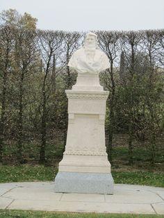 Amboise (Loire Valley), France – Chateau Royal de Blois   1491, bust statue of Leonardo da Vinci in the garden