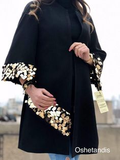 Abaya Fashion, Kimono Fashion, Fashion Dresses, Abaya Mode, Mode Hijab, Abaya Designs, Iranian Women Fashion, African Fashion, Mode Kimono