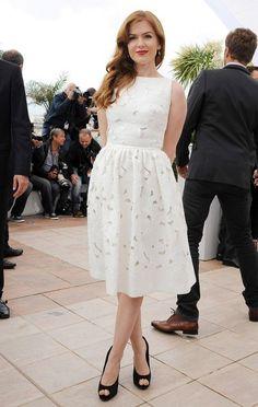 Айла Фишер в платье от Dolce & Gabbana