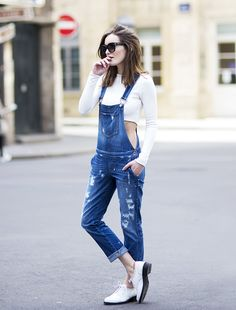 Anouska Proetta Brandon chose to layer her overalls with a long-sleeve denim crop top and matching white brogues // #Denim