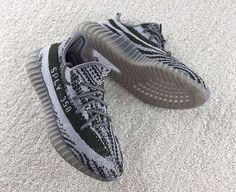 104323766 R$ 799,90 TÊNIS Adidas Yeezy Boost 350 V2 Turtle Dove Kanye West BRILHA