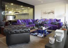 Molins Interiors // arquitectura interior - interiorismo - salón - cocina - sofá - sofá rinconero - chester - alfombra - mesa de centro - mobiliario
