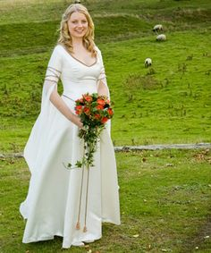 Bridal gown based on Eowyn's dress - Rivendell Bridal (http://www.rivendellbridal.com/realbridespage.html)