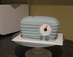 Retro Radio birthday cake