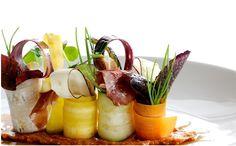 Bosque vegetal con romesco y jamón de bellota
