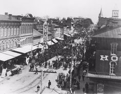 For an approximation of what downtown will look like at the Art Walk, we bring you this parade from the 1900s #tbt