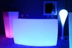 Bar Lumineux à LED multicolores - KruG Round http://www.livedeco.com/ledcolor-mobilier-lumineux/bar-lumineux/
