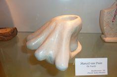 Voe(t) – 2011  chamotte klei   15cm hoog