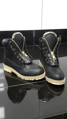 Členkové krásne topánky