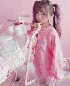 Cute Japanese Fashion Fleeces on Mori Girl の森ガール. Pastel Fashion, Kawaii Fashion, Cute Fashion, Fashion Fashion, Mode Kawaii, Kawaii Girl, Cute Asian Girls, Cute Girls, Japonese Girl