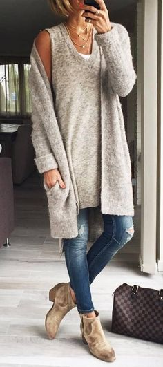 denim and nude | long top + cardigan + jeans + boots + bag