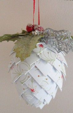 Christmas ● DIY ● Tutorial ● Paper Pinecone Ornament