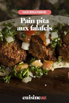 Le pain pita aux falafels est une idée de plat pour utiliser un reste de falafels. #recette#cuisine #painpita #falafels #sandwich