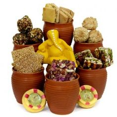 Buy Diwali combo gifts online to make this Diwali special. There is attractive combination of combo gifts including Boondi ladoo, Ganesha Idol with dry fruits, Lord Ganesh idol with badaam and many more.