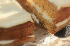 Kuukauden kakku maailmalta: maaliskuu. George Washingtonin porkkanakakku Banana Bread, Georgia, Washington, Cheesecake, Desserts, Food, Tailgate Desserts, Deserts, Cheesecakes