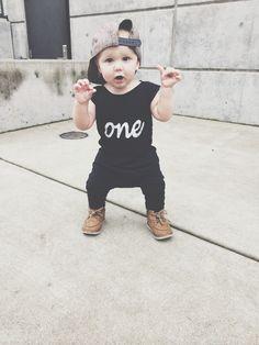 ONE organic romper // first birthday // one year photos // romper // baby boy // baby girl // unisex // organic cotton
