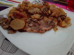 BISTECCA con funghi e patate aromi a forno