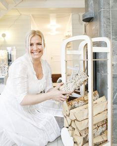 www. Lace Wedding, Wedding Dresses, People, Fashion, Bride Dresses, Moda, Wedding Gowns, Wedding Dress, Fasion