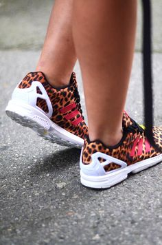 IVANIASMODE.COM http://www.hoodboyz.de/product/p131153_adidas-zx-flux-low-sneaker-braun.html