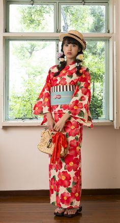 Cuteness I cannot resist, though I'd never wear such a yukata :)