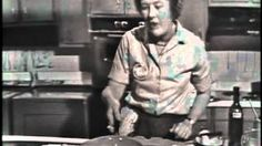 Julia Child - boeuf bourguignon, via YouTube.