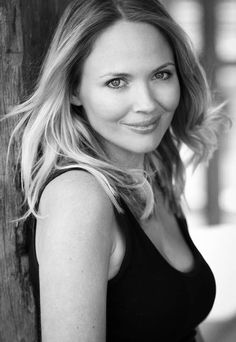 Lara Cox Height and Weight, Bra Size, Body Measurements Height And Weight, Body Measurements, Bra Sizes, Beautiful People, Hollywood, Actresses, Long Hair Styles, Lady, Celebrities