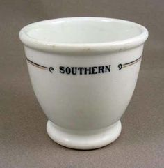 SOUTHERN RY PELICAN DOUBLE EGG CUP-NR