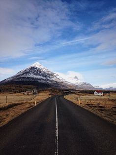 Traveling to Iceland soon? Here are some of the best things to do and see in Iceland.