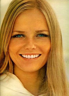 Cheryl Tiegs...it model of late 60's and 70's....then  along came next blonde cover girl... Christy Brinkley