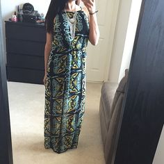 BOGO 1/5 OFF❗️Multi color halter slit maxi dress Brand new without tags. I was gonna keep this dress but I have another one similar  tags were taken off for comfort but it's never been worn. Partially lined down to the thigh and features 2 front slits. Very pretty and perfect for summer! HP  ✔️Offers  ❌NO Trades❗️  Non smoking home  Same/next day  Dresses Maxi