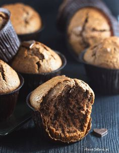Babeczki czekoladowe   AniaGotuje.pl Cooking Recipes, Cupcakes, Breakfast, Food, Morning Coffee, Cupcake Cakes, Chef Recipes, Essen, Eten