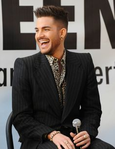 That smile...DAMNNNN he's gorgeous - Queen Press Conference 2014 at Madison Square Garden