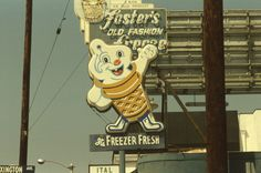 I remember going to Foster's Freeze. Great burgers and the best ice cream soft serve sundaes! Vintage Neon Signs, Retro Vintage, Vintage Food, Vintage Modern, Sign O' The Times, Vintage School, Roadside Attractions, Old Signs, Retro Futurism