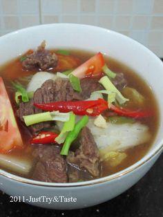 Sup Pedas Sawi Putih dengan Daging Sapi JTT