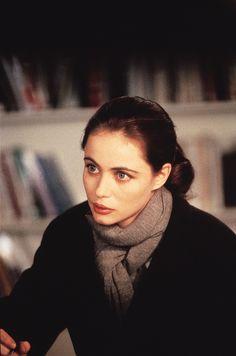 Emmanuelle Béart, Nelly et Monsieur Arnaud (1995)