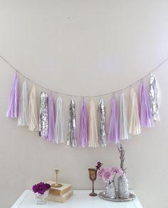 French Lilac & Metallic Silver Tassel por PrettywithSprinkles