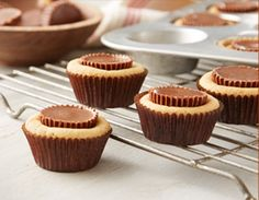 REESE'S Top 8 Chocolate & Peanut Butter Recipes