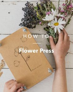 How to make a piece of pressed flower art. How To Make Floral Wall Art - Step 8 Art Floral, Art Mural Floral, Flower Crafts, Diy Flowers, Paper Flowers, Press Flowers, Flower Ideas, Diy Crafts To Sell, Diy Crafts For Kids
