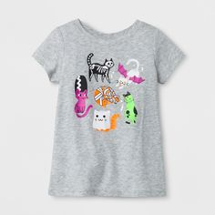 When the leaves turn crisp and the temperature turns cool, keep your little girl's style sweeter than it is spooky with the Short-Sleeve T-Shirt from Cat & Jack™. This gray graphic tee features cats in a variety of costumes, ranging from a ghost to a skeleton. Just pair this Halloween shirt with skinny jeans and a cozy cardigan for a fun day out.