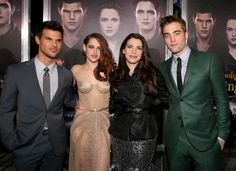 Taylor, Kristen, Stephenie & Rob. Breaking Dawn Part 2. LA Premiere.